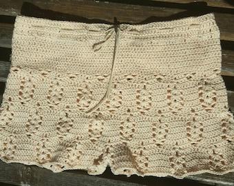 Organic cotton crochet shorts vanilla cream