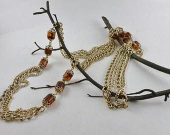Vintage Sarah Coventry necklace, Long 3 chain vintage necklace, 1970 vintage, Faux Amber fashion statement necklace, Gold tone vintage