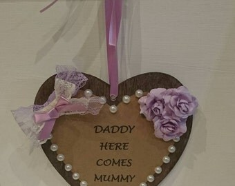 Here comes mummy wedding sign