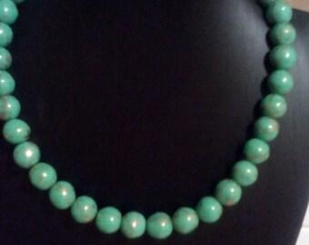 Green Jade Beaded Necklace