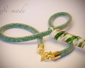 Necklace - Stardust mesh with green seed beads and a lampwork pendant (#259544)