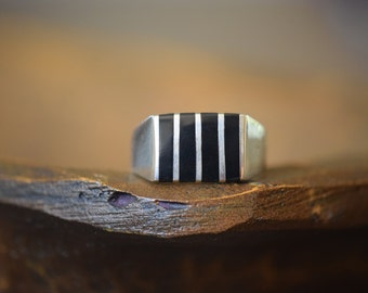 Mens Vintage Black Stripe Inlay Silver 925 Ring, US Size 14.0, Used