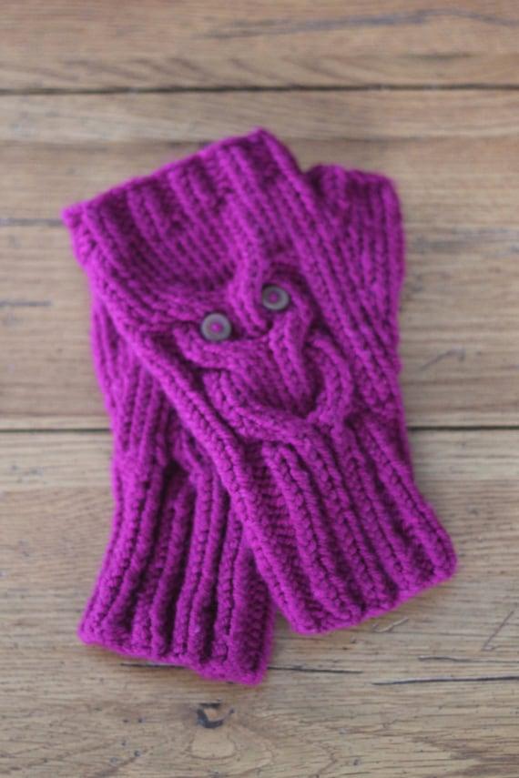 Knit Owl Fingerless Gloves handmade by KnittinforthePickin on Etsy