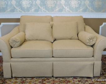 Very Comfortable Overstuffed Century Heirloom Furniture Upholstered Loveseat