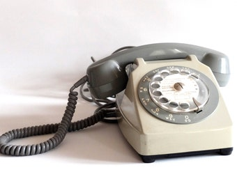 Telephone dial, gray, 70 vintage, made in france