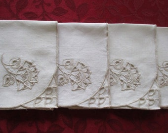 Vintage Napkins Four Linen Embroidery, Set of 4 Vintage Linen Napkins Cut Out And Embroidery, Linen Napkins, Vintage Linen Napkin Set