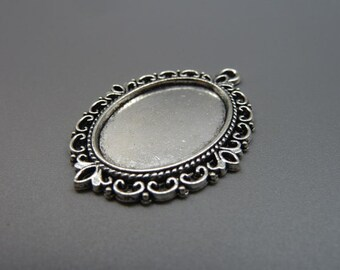 10 Vintage Oval Pendant Trays Antique Silver Tone Bezel Setting Fitting 18x25mm Cabochon (YT264)