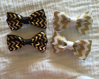 Black and gold pigtail bows, White and gold pigtail bows