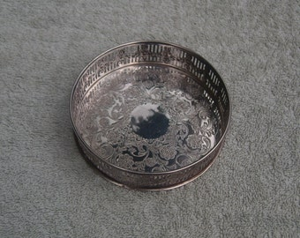 Wine Coaster - Silver Plated - Viners of Sheffield - Vintage Silverplate - Alpha Plate