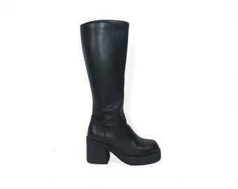 Leather Platform Tall Boot 90s Chunky Heel Size 5 / 5.5