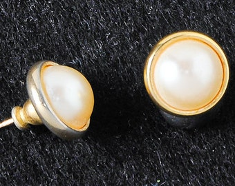 Gold Pearl Earring Studs