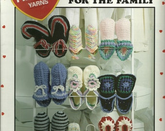 Crochet Patterns, Slippers for the Family,  9 Slippers, 3 Sizes, Leisure Arts 2858