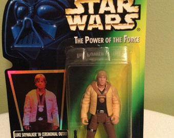 Vintage Star Wars Luke Skywalker in Cerimonial Outfit Power of the force Kenner Action Figure