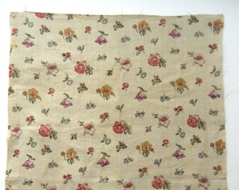 Charming Antique 1930's French Floral Linen Print Fabric (9442)