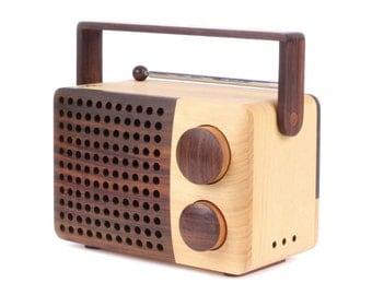 IKoNO Wooden Radio & Speaker