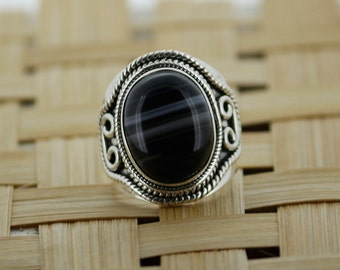 925 Sterling Silver Ring With 16 x 18 mm Oval Shape Black Onyx Gem Stone