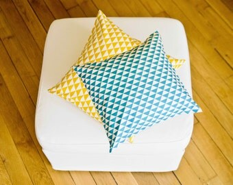 """Cushion """"Mustard & turquoise Triangles"""""""