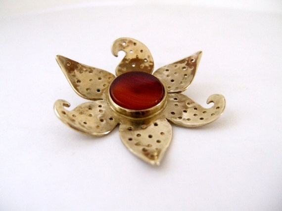 Gold organic jewelry,Botanical jewelry,Metalsmith jewelry,Gold Nature jewelry,Art jewelry,Nature organic jewelry,Gold brooch,brass brooch