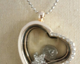Locket that opens for charms..beach theme