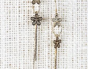 Flower Hoop Earrings - Gold