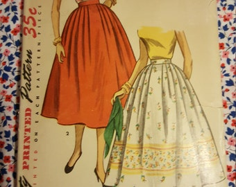 1954 Simplicity Skirt pattern #4648 size 26 35
