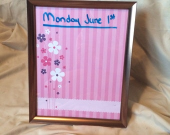 Cute Flower Framed Glass Dry Erase Board