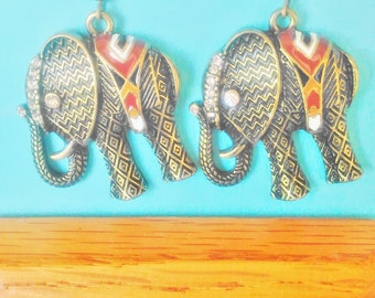ELEPHANT EARRINGS,Elephant Earring,Bohemian Elephant Earrings,Steampunk Elephant,Boho Earrings,Boho Elephant,Elephant Charm,DiDiGifts