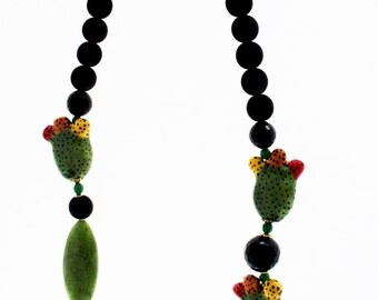 Prickly pear Line necklace India