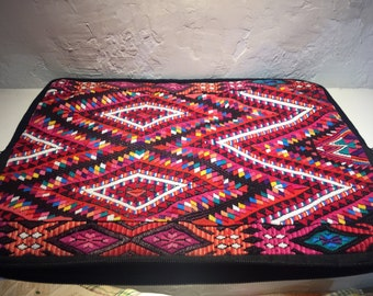 Bag for laptop with textile application
