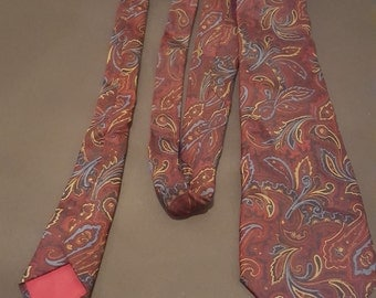 Vintage 1960s New & Lingwood Handmade Paisley Silk Tie