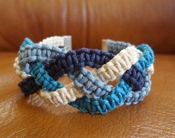 "Blue Macrame Bracelet ""River"""