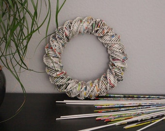 Wreath of newspaper paper, wreath, wreath-blank