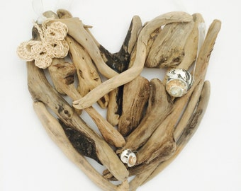 Driftwood heart wall hanging