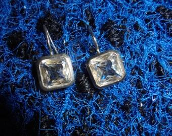 Lovely earrings 90s