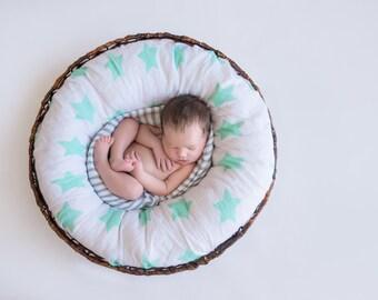 Emma Brooke Design, Baby Swaddle Blanket, Mint Stars, GOTS Organic Muslin Cotton, Receiving Blanket, Baby Shower Gift, Pram & Nursing Cover