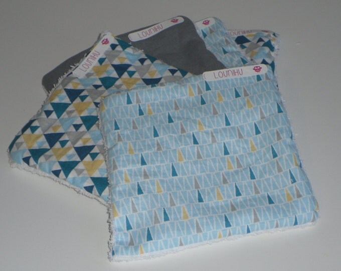 On command, batch of squares wipes for baby & MOM