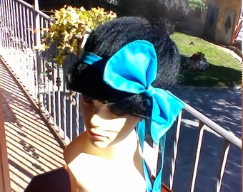 blue head band
