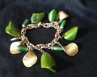 1950,s VINTAGE BAKELITE Chunky Charm BRACELET  / Art Deco open /Jade Green Colour with gold tone leafs