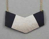 Woman Necklace - Leather ...