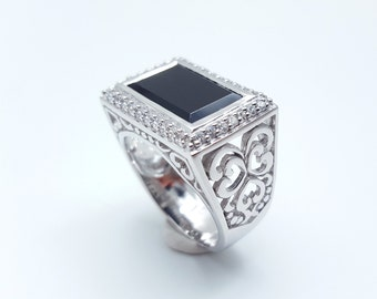 Onyx Ring, Onyx Silver Ring,Onyx and white CZ surrounded, Heart carved, 925 Sterling Silver