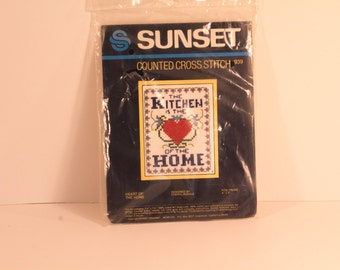 Sunset-Counted Cross Stitch-Kit-The Kitchen Is the Heart of the Home-Cheryl Ruehle-1980