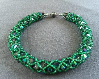 Green Swarovski vintage-style netted bracelet