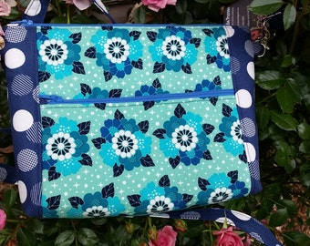 Blue flower print purse