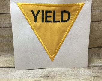 Yeild Sign Applique, Yeild Traffic Sign Applique