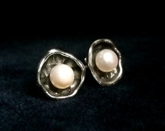 Pearl Earrings La Perla, Sterling Silver Earrings with Pearl, Natural Pearl, Stud Earrings, Pearl Studs, Gift Idea
