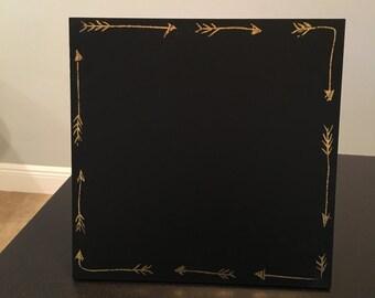 Customizable Arrow Chalkboard