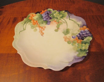 Hand painted grape plate by Gladis Phillips