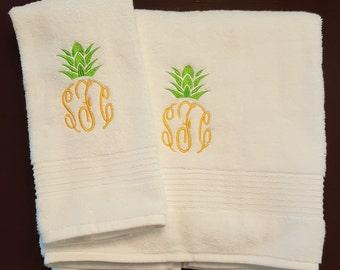 Hand and Bath Towel Pineapple Monogram Set