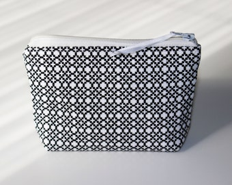 Wallet / graphic black and white cotton card holder