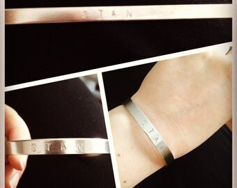 Bracelet with long text